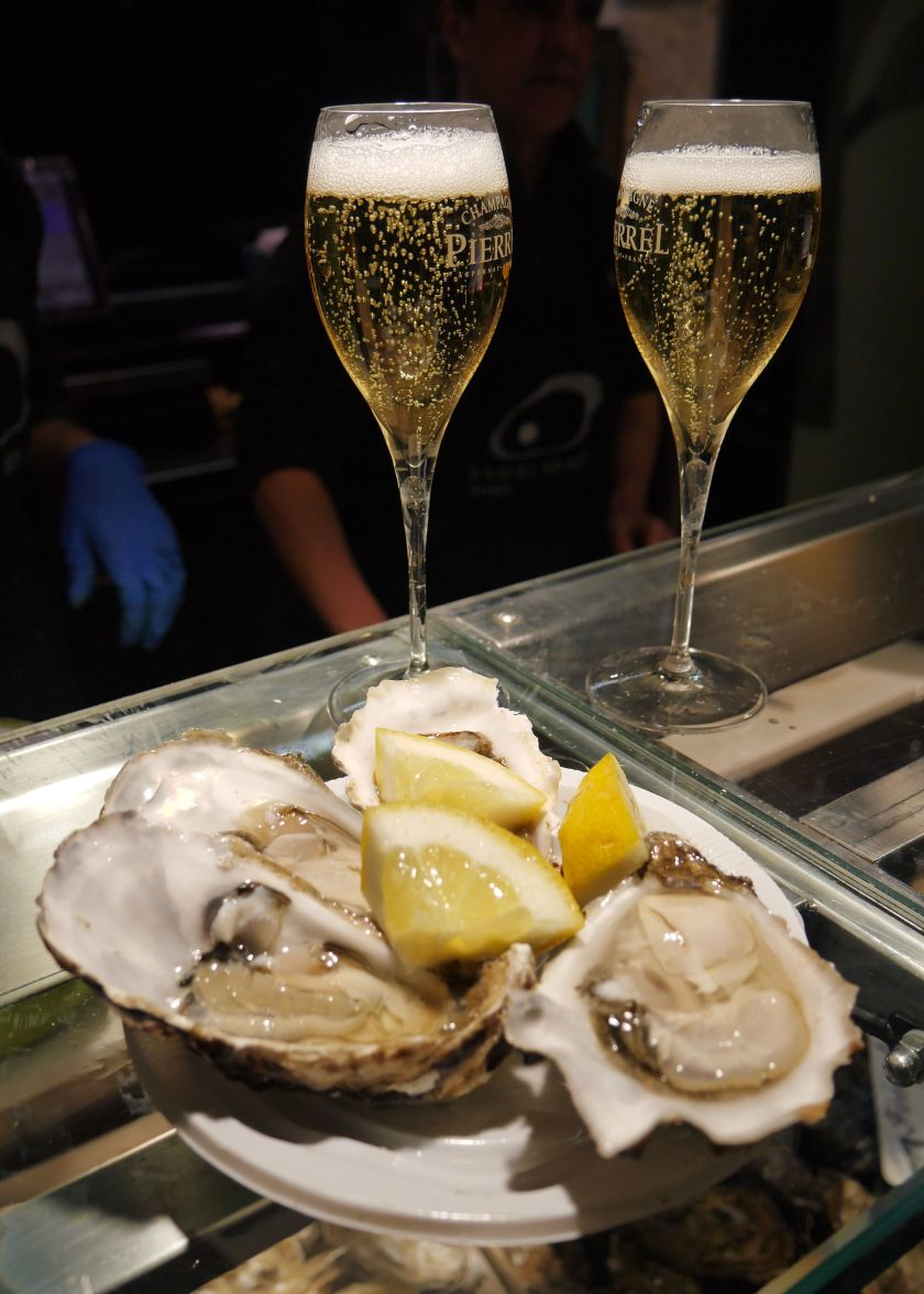 oysters champagne